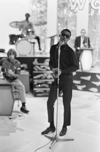 Stevie_Wonder_1967_(3)_s